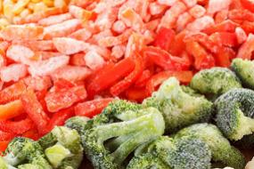 Retiro de vegetales, frutas y otros productos congelados, relacionados con un brote de Listeria, en Washington y Canadá.